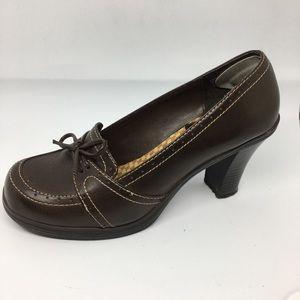 Mudd 8 Heels